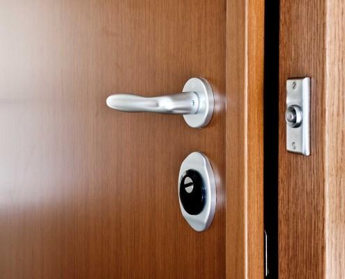 släta ytor dörr