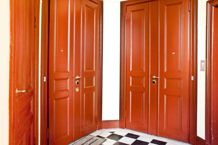 Säkerhetsdörr som pardörrar och enkeldörrar