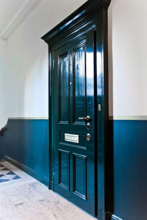 Målad spegeldörr, blågrön säkerhetsdörr klass 4